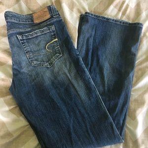 American Eagle Boyfriend 77 jeans 12 long